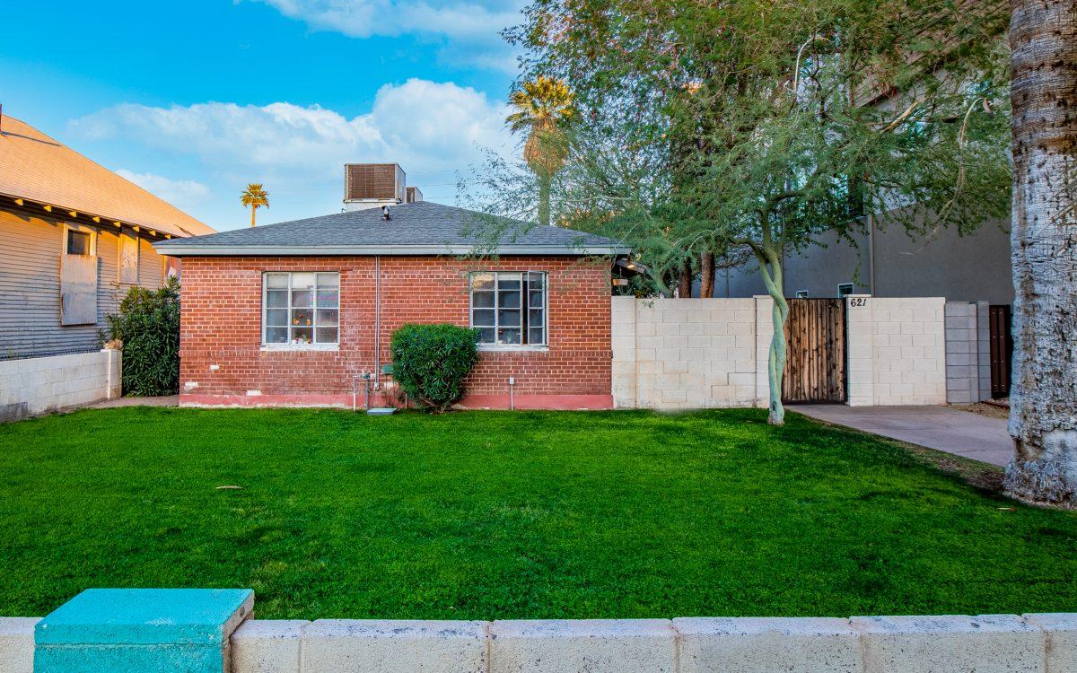Exterior of 621 N 6th Ave Phoenix, AZ